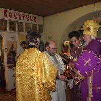 11 марта 2018 года, в Неделю Крестопоклонную, Преосвященнейший епископ Плесецкий и Каргопольский Александр отслужил Божественную Литургию в Свято- Успенском Александро- Ошевенском монастыре.