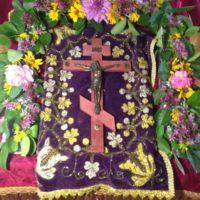 В праздник Воздвижения Честного и Животворящего Креста Господня в Александро-Ошевенском монастыре были отслужены всенощное бдение и божественная литургия.