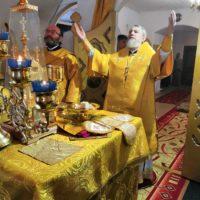 Епископ Александр в праздник Крещения Руси совершил Божественную литургию в Александро-Ошевенском монастыре.