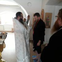 Таинство Крещения в Александро-Ошевенском монастыре.