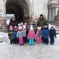 Обитель преподобного Александра гостеприимно встретила маленьких паломников.