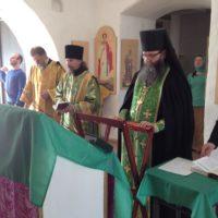 В обители преподобного Александра светло встретили праздник Входа Господа в Иерусалим.
