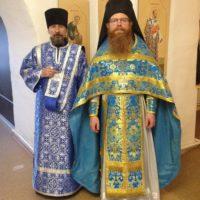 Богослужение в праздник Казанской иконы Божией Матери.
