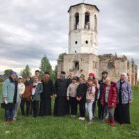Маленькие художники в Александро-Ошевенском монастыре.